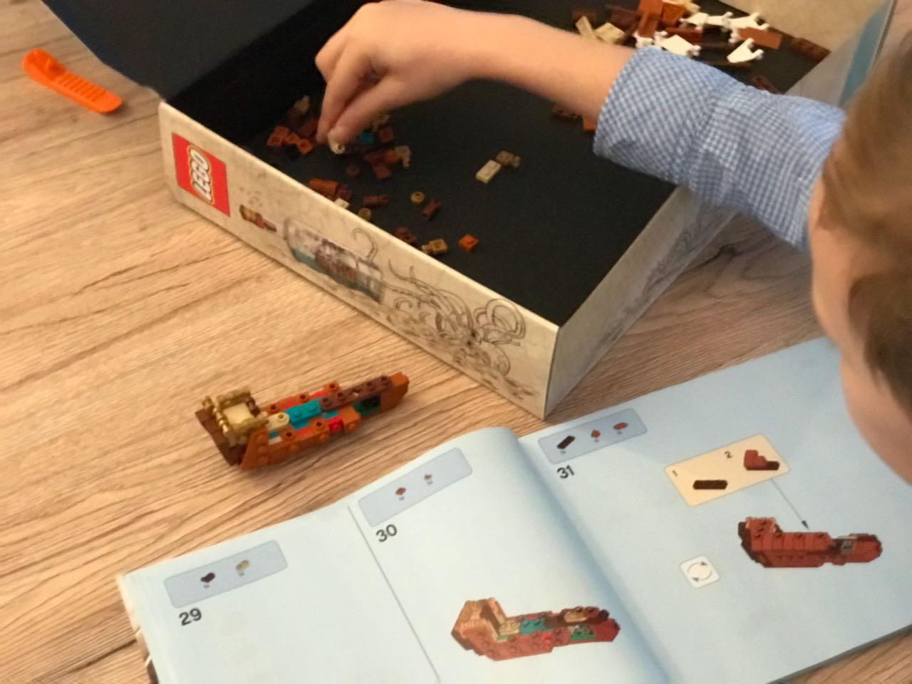 Bild Schiff in der Flasche LEGO Aufbau
