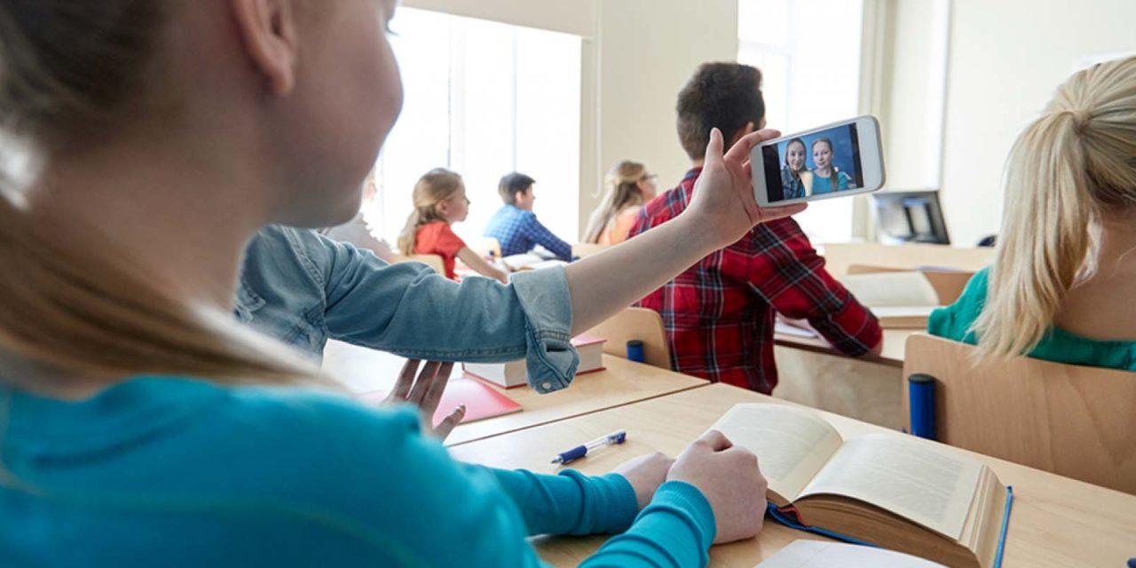 Wie sinnvoll sind Handys im Unterricht?