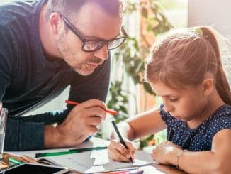 Bild Hausaufgaben für Vater & Kind stressig