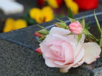 Umgang mit dem Tod & Trauer
