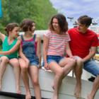 Bild Familie auf dem Schiff - Urlaub ab 10 Jahre